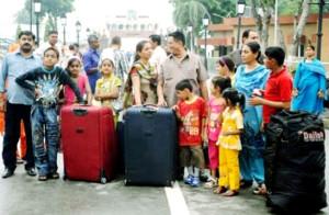 पाक के पीड़ित हिन्दुओं ने दिल्ली में शरण ली