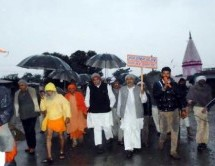 10000 Kilo Meters by Walk; Bharat Parikrama Yatra reaches Kushinagar on 870th Day