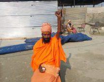 कुम्भ 2019 – संत दिवाकर भारती हठ व्रत से दे रहे सनातन धर्म का संदेश