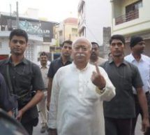 सरसंघचालक तथा सरकार्यवाह ने नागपुर में किया मतदान