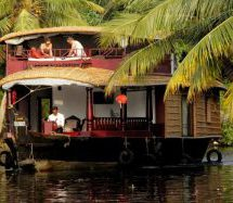Kerala Commies bring shame – Houseboat of Nobel Laureate, blocked by CPM protesters in Alappuzha