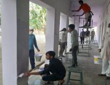 Lockdown – Migrant Workers Paint Village School In Return For Good Care