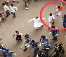 प. बंगाल – हावड़ा में लॉकडाउन का पालन करवाने गई पुलिस पर हमला, लात-घुसे, पत्थर बरसाए