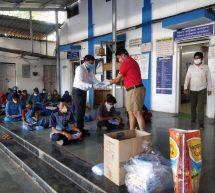 स्वयंसेवकों ने सात लाख घरों में होम्योपैथिक और आयुर्वेदिक दवाईयों का वितरण