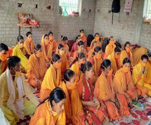 राम कथा व भागवत कथा से युवतियां कर रहीं सांस्कृतिक जनजागरण का कार्य