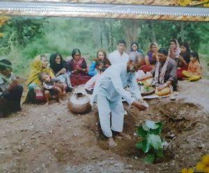 प्रेरक – जंगल की सुरक्षा के लिये समर्पित परिवार