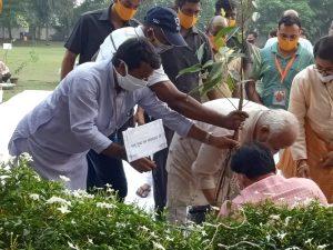 देशहित, प्रकृति हित में सामाजिक, धार्मिक संगठनों के कार्यों में सहयोग करें स्वयंसेवक – डॉ. मोहन भागवत