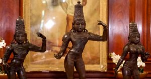 Stolen ancient Indian idols were discovered in UK?