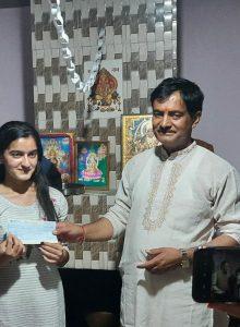 शिमला – मेरिट में स्थान प्राप्त करने वाली छात्राओं को प्रधानाचार्य ने दिया एक-एक लाख का पुरस्कार
