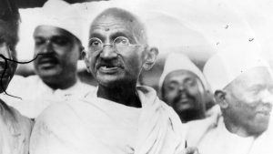 02 अक्तूबर गांधी जयंती – स्वदेशी गांधी बनाम अंग्रेजी नेहरु