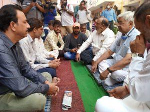 VHP working president Advocate Alok Kumar meets Nikita's family