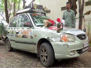 बलिदानियों के आंगन की मिट्टी जमा करने के लिये ७० हजार किमी की यात्रा