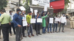 #ArnabGoswami – Students protest blatant misuse of state machinery in arrest of journalist Arnab Goswami
