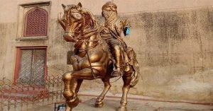 कट्टरपंथी पाकिस्तान में महाराजा रणजीत सिंह की प्रतिमा खंडित की