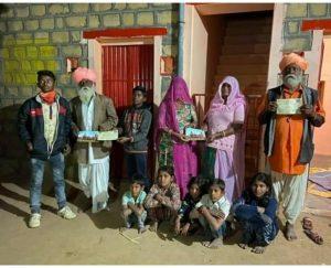 बाड़मेर – कालबेलिया भाईयों ने भी श्रीराम मंदिर के लिए निधि समर्पित की