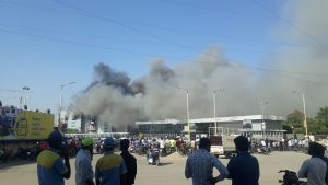 A huge fire broke out Thursday afternoon at the Serum Institute's plant in Manjari