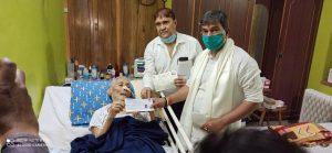 आईसीयू में भर्ती 90 वर्षीय श्रीराम भक्त ने किया निधि समर्पण