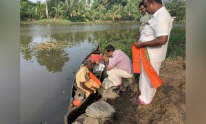 Kerala – Differently abled man's commitment towards cleanliness