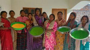 काशी विश्वनाथ एवं मां विंध्यवासिनी के चरणों में चढ़े फूलों से बनेगा हर्बल रंग व गुलाल