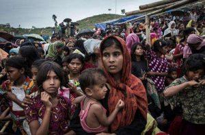 रोहिंग्याओं को बचाने के लिए सर्वोच्च न्यायालय पहुंचे प्रशांत भूषण