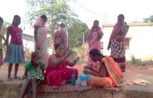 ओडिशा में जल गुणवत्ता जांचने के लिए महिलाएं बनीं 'जल योद्धा'