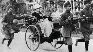 विनाशपर्व – अंग्रेजों ने भारत की विकसित शिक्षा प्रणाली को ध्वस्त किया / १