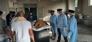 श्मशान गृहों में स्वयंसेवकों ने संभाला मृतकों के अंतिम संस्कार का जिम्मा