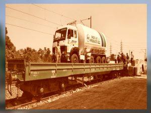 तेज गति से ऑक्सीजन एक्सप्रेस ट्रेनें चलाने के लिए ग्रीन कॉरिडोर तैयार किया जा रहा