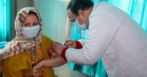 शोपियां जिला बना उदाहरण, 45 वर्ष से अधिक आयु के सभी लोगों का टीकाकरण