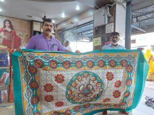 भोपाल – बैरागढ़ कपड़ा बाजार के व्यापारियों ने चीन को दिया झटका