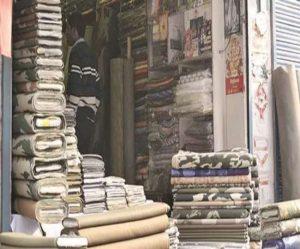 जम्मू कश्मीर – अनाधिकृत रूप से सुरक्षा बलों की वर्दी बेच रहे दुकानदारों के खिलाफ मामला दर्ज, गिरफ्तार
