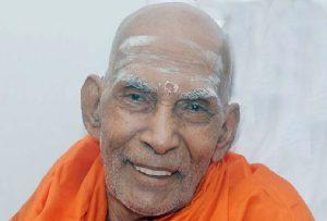 Swami Prakashananda, the Former head of Sivagiri Mutt, passes away