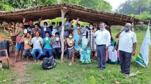 झाबुआ के नरसिंहरुंडा गांव में शत-प्रतिशत पात्र लोगों को वैक्सीन की दोनों डोज़ लगीं