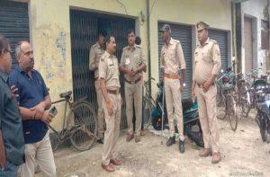 अयोध्या – मतांतरण की सूचना पर छापेमारी, 3 दर्जन गिरफ्तार